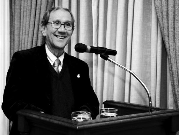 Universidad de Concepción rinde homenaje a Andrés Gallardo
