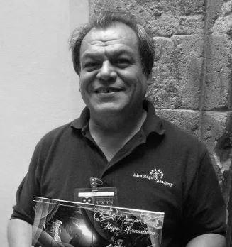 El dibujante mexicano Hugo Aramburo en Chile