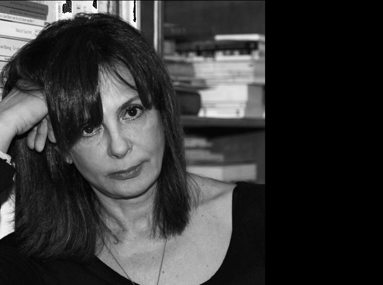 """""""Lo primero que golpea la crisis es al libro"""" Ersi Sotiropoulos"""