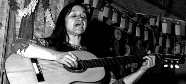 Violeta Parra en el Wallmapu. Pehuén Editores